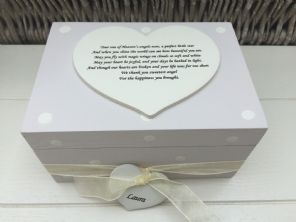Shabby Personalised Chic In Memory Of A Loved One ~ Any Name ~ Memory Box ~ - 232475354512